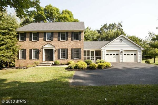 12 HUNTRESS CT