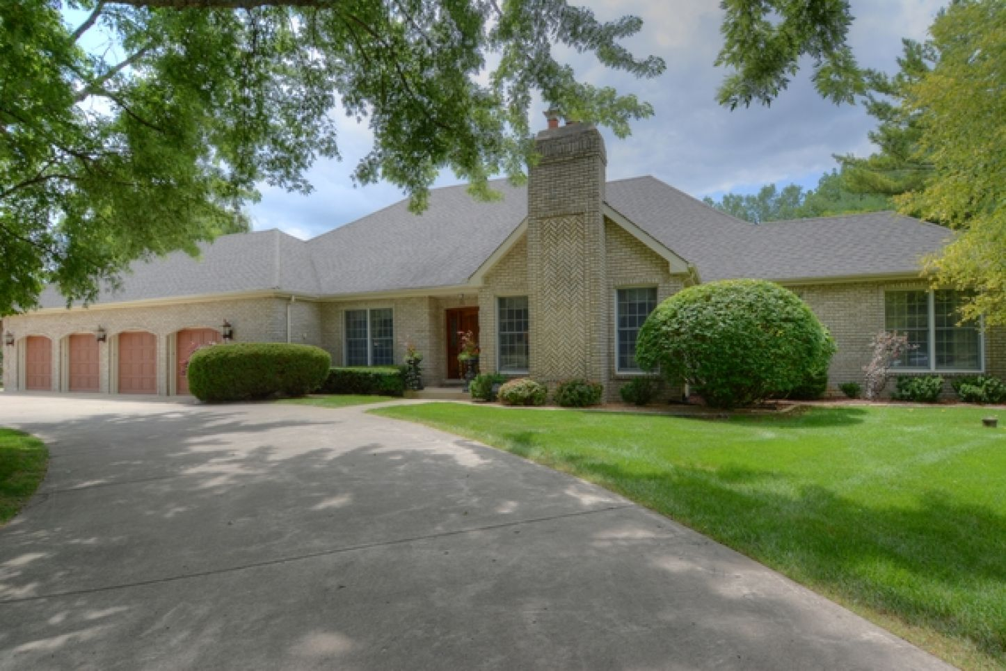 4N260 Woodland Trail West, Wayne